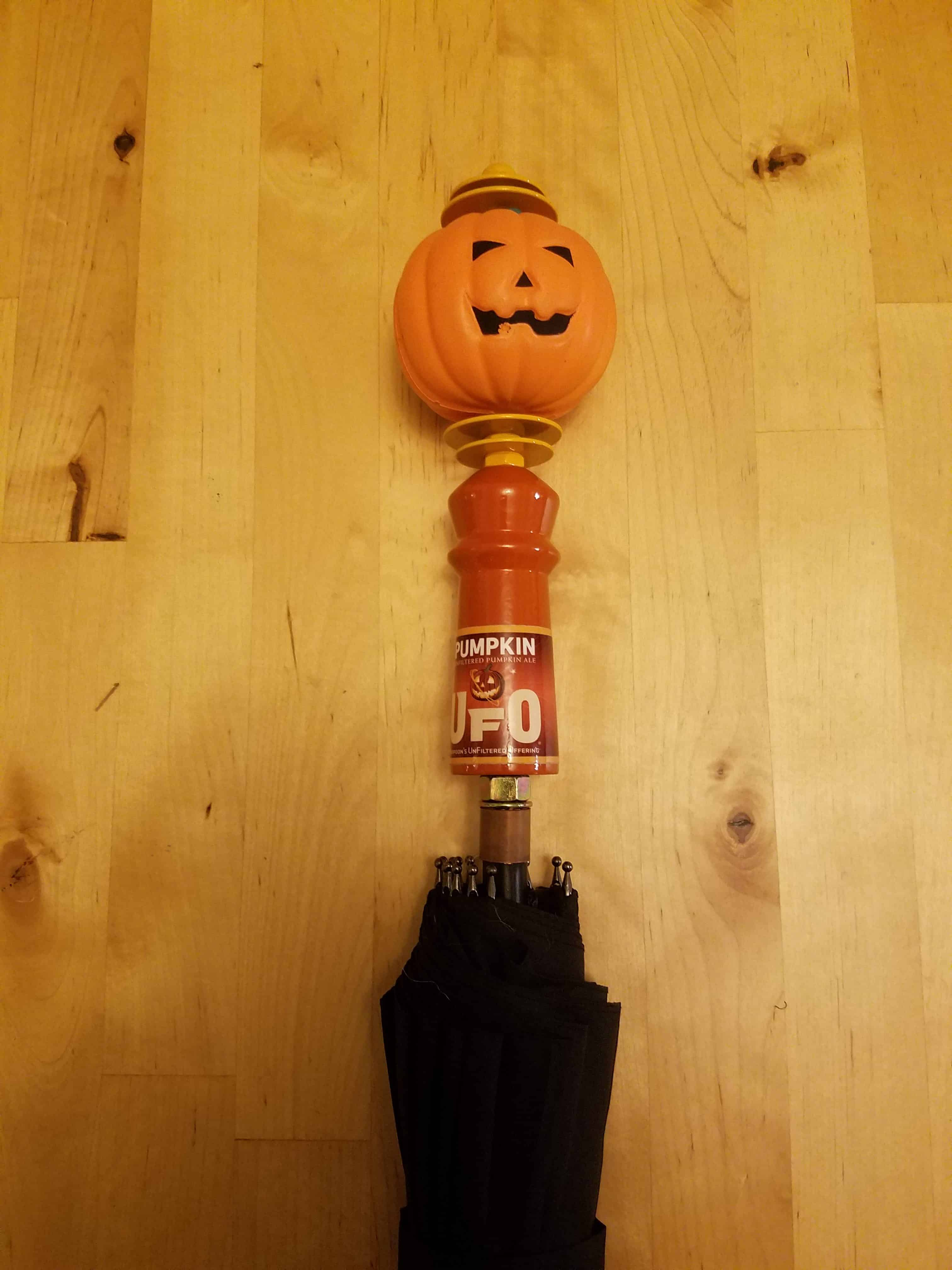 Harpoon UFO Pumpkin Tap Handle Umbrella